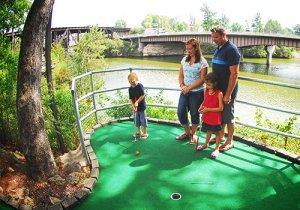 Wisconsin Dells Mini Golf, Outdoor Activities & Amusement at
